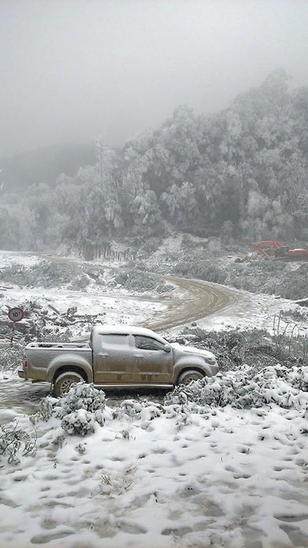 Tuyết phủ trắng ở Nghệ An như... châu Âu - ảnh 3