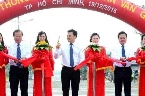 Thông xe đường Trần Văn Giàu-nối liền TP.HCM với Long An - ảnh 1