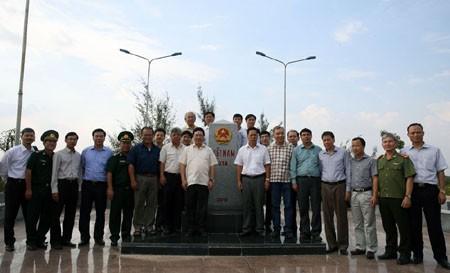Phó Thủ tướng Phạm Bình Minh khảo sát biên giới Tây Nam - ảnh 1