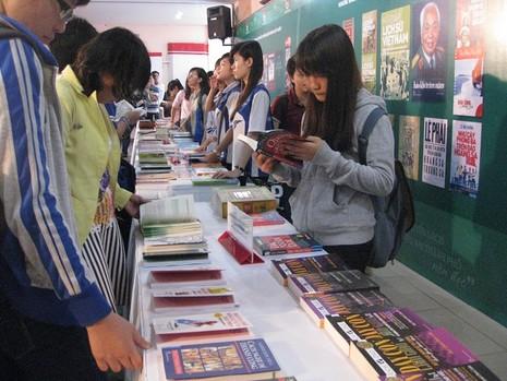 Công bố và trao giải 100 quyển sách thanh thiếu nhi thành phố nên đọc - ảnh 1