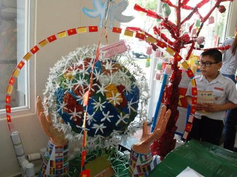 TP.HCM: Tưng bừng Ngày hội tái chế rác thải 2015 - ảnh 4