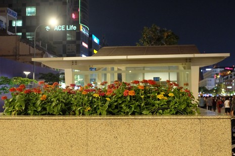 Nhà vệ sinh công cộng phố đi bộ Nguyễn Huệ sang như trong khách sạn - ảnh 6
