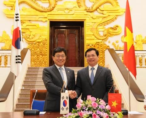 Chính thức kí Hiệp định thương mại tự do Việt Nam – Hàn Quốc - ảnh 1