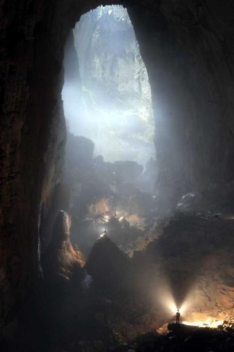 """Vì sao Quảng Bình có nhiều hang động """"đẹp không thể tả xiết""""?   - ảnh 1"""