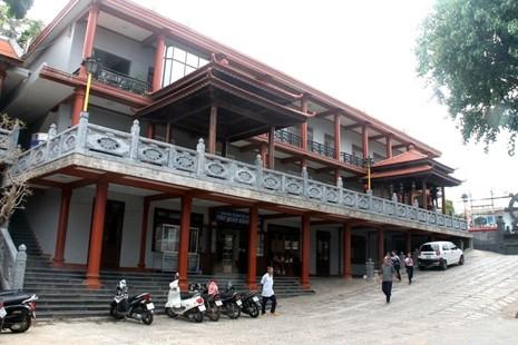 Thăm chùa do Thân Mẫu vua Bảo Đại khởi dựng - ảnh 11