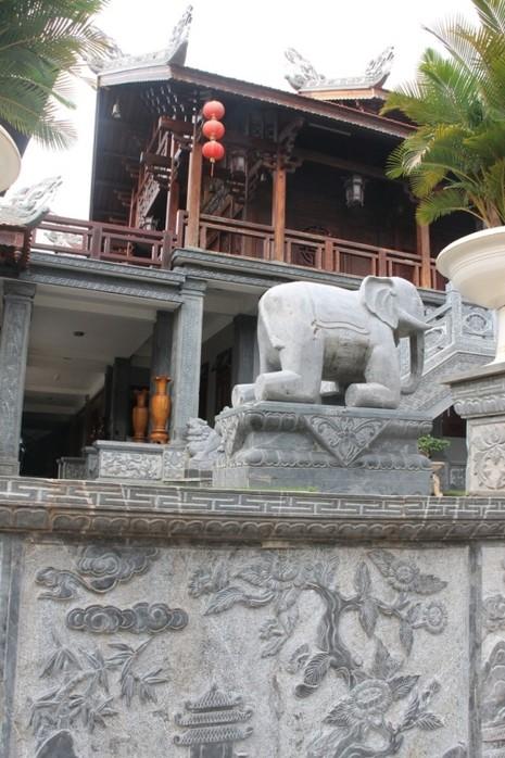 Thăm chùa do Thân Mẫu vua Bảo Đại khởi dựng - ảnh 9