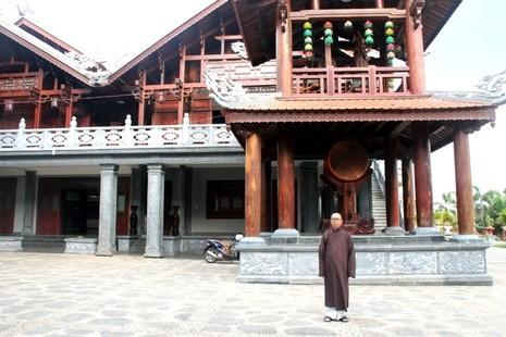 Thăm chùa do Thân Mẫu vua Bảo Đại khởi dựng - ảnh 7