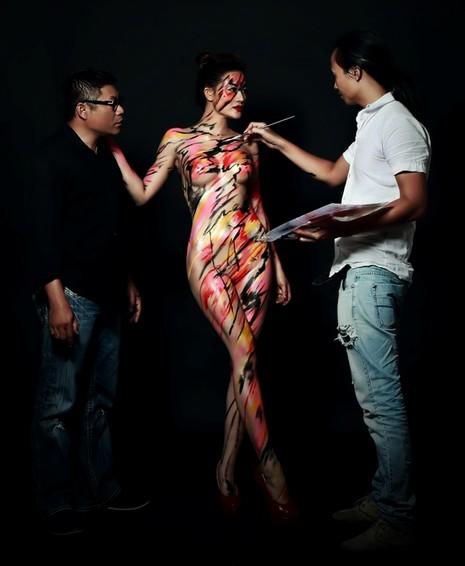 Thưởng thức nghệ thuật body painting qua những tác phẩm nóng bỏng  - ảnh 4