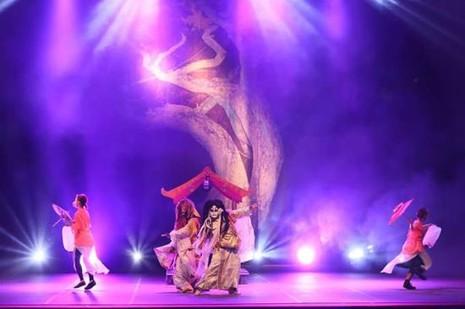 Ảo thuật đỉnh cao Nhật Bản – Ai&YuKi tặng chuông thần cho khán giả Sài Gòn - ảnh 1
