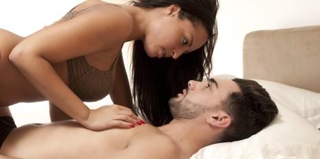 Những thời điểm yêu đương mà mọi cặp đôi đều nên thử - ảnh 2