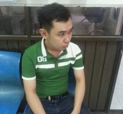'Hiệp sĩ' bắt nhân viên trộm 5 chếc Iphone của chủ - ảnh 1