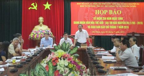 Kỷ niệm 250 năm ngày sinh Nguyễn Du 'Tiếng thơ ai động đất trời' - ảnh 1