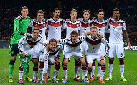 Trận bóng đá có một không hai giữa hai đội Nga- Đức - ảnh 2