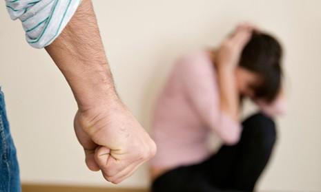 15 dấu hiệu của người đàn ông thiếu tự tin - ảnh 1