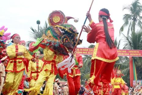 Lễ hội độc đáo mừng Quốc khánh ở một vùng quê Bắc bộ - ảnh 2