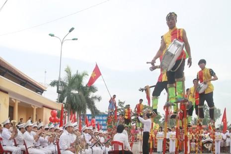 Lễ hội độc đáo mừng Quốc khánh ở một vùng quê Bắc bộ - ảnh 8