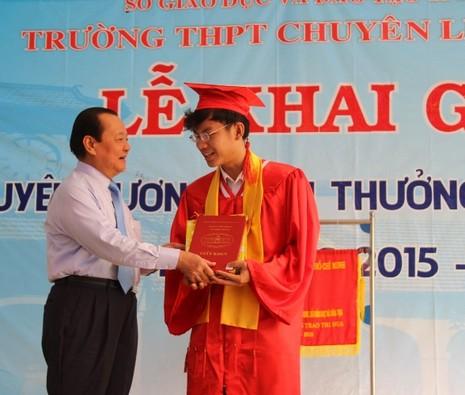 Trường chuyên Lê Hồng Phong hân hoan khai giảng năm học mới  - ảnh 4