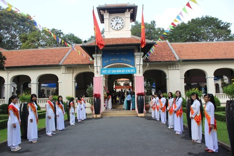 Trường chuyên Lê Hồng Phong hân hoan khai giảng năm học mới  - ảnh 1