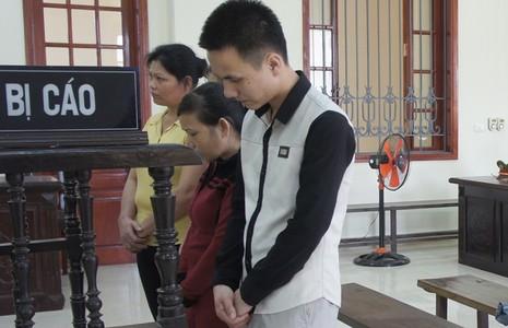 Nữ 'trùm' ma túy cười tươi khi bị tuyên án - ảnh 1