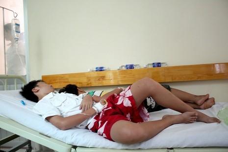 Cứu sống bệnh nhi bị sốt xuất huyết thể sốc - ảnh 1