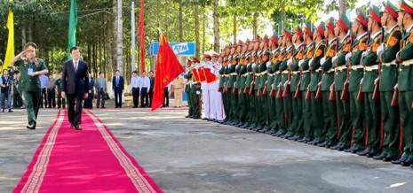 Chủ tịch nước trao huân chương Quân công hạng Nhất cho Quân khu 9 - ảnh 3