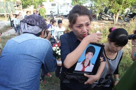 Xử vụ thảm sát Bình Phước: Dương, Tiến lãnh án tử, Thoại 16 năm tù  - ảnh 38