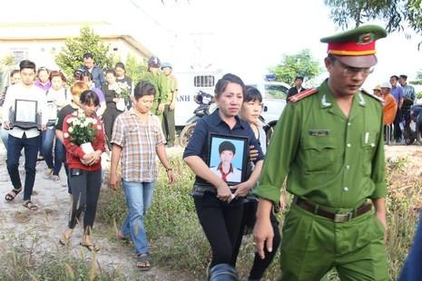 Những điểm lạ của phiên tòa xử vụ thảm sát Bình Phước - ảnh 2