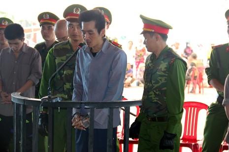 Trùm giang hồ Phú Quốc bình thản khi bị tuyên án tử - ảnh 2