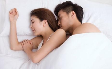 Hôn nhân hạnh phúc từ 8 điều nhỏ bé - ảnh 1