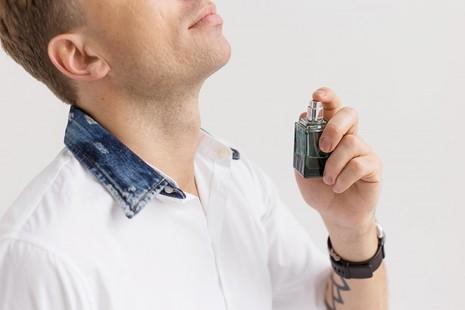 Sự nam tính của nam giới được xác định qua… mùi hương - ảnh 1