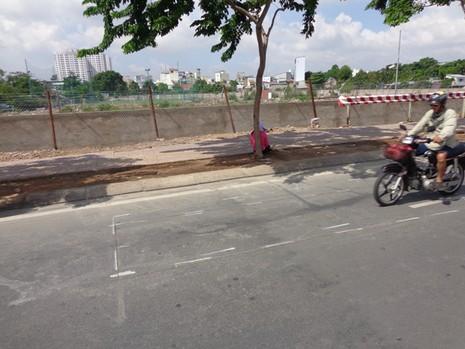 Chuyên gia phân tích những vết nứt 'lạ' trên đường Phạm Văn Đồng - ảnh 3