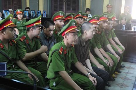 Thảm sát Bình Phước: 'Đọc bản án, không thể tha thứ cho một bị cáo nào' - ảnh 5