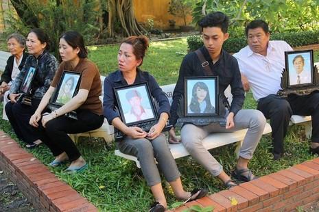 Thảm sát Bình Phước: 'Đọc bản án, không thể tha thứ cho một bị cáo nào' - ảnh 4