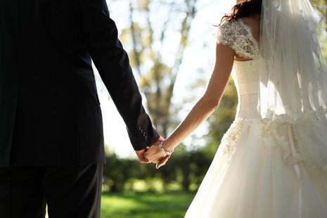 9 suy nghĩ 'quái' nhất về đám cưới - ảnh 1