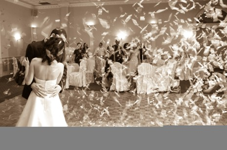 9 suy nghĩ 'quái' nhất về đám cưới - ảnh 2