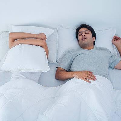 Những vấn đề trong phòng ngủ khi về chung một nhà - ảnh 1