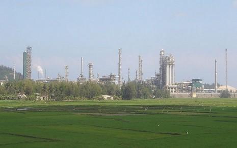 Diễn tập chống khủng bố Nhà máy lọc dầu Dung Quất    - ảnh 1