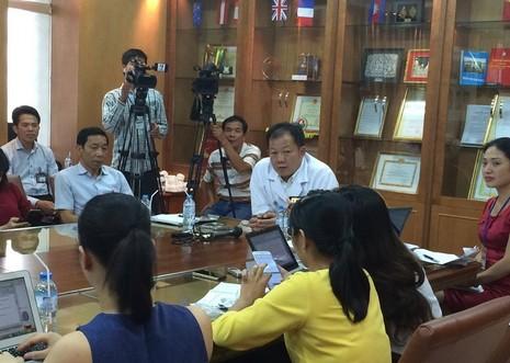 Bệnh viện Bạch Mai xin lỗi vì đóng cửa bãi giữ xe - ảnh 1