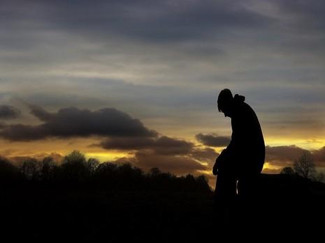 Vì sao đàn ông thất tình đau đớn hơn phụ nữ? - ảnh 1