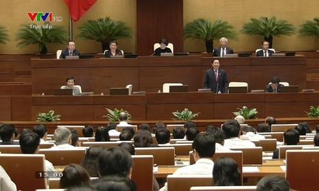 Đại biểu hỏi '2 câu hỏi dễ' với Bộ trưởng Lê Vĩnh Tân - ảnh 3