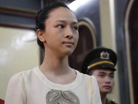 Vụ hoa hậu Phương Nga: 'Hợp đồng tình ái' nói gì? - ảnh 2