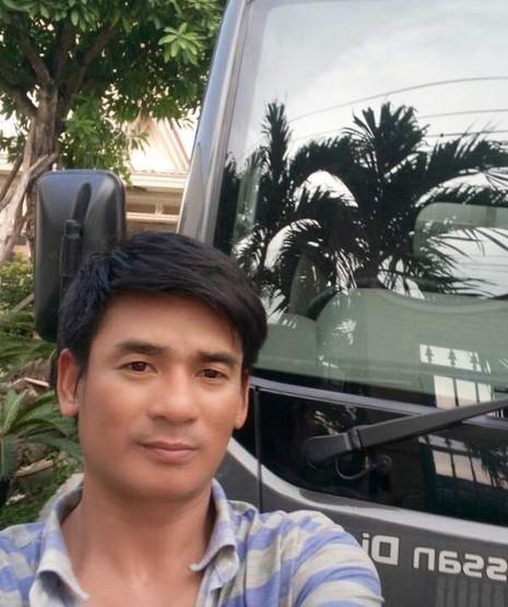 Lê Văn Thương với công việc mới là tài xế xe tải cho một công ty ở Long An. Sau khi Thương bị bắt, vợ đòi ly hôn rồi ra đi, để lại hai con cho Thương nuôi