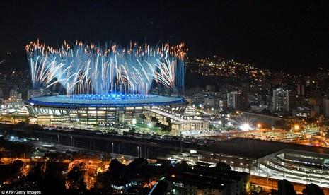 Chùm ảnh: Lễ khai mạc Olympic Rio diễn ra hoành tráng - ảnh 17