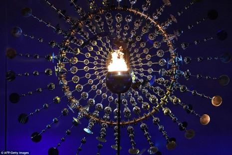 Chùm ảnh: Lễ khai mạc Olympic Rio diễn ra hoành tráng - ảnh 19