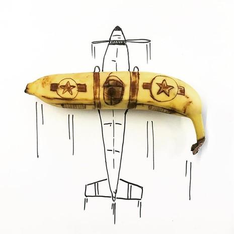 Những bức tranh minh họa hài hước được vẽ từ chuối - ảnh 3