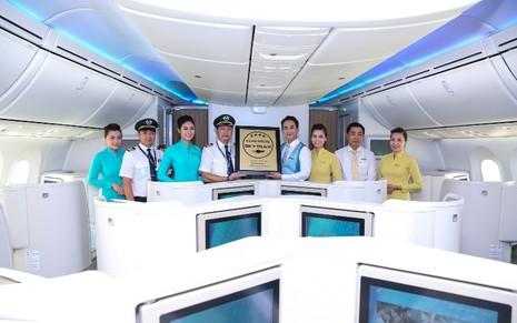 Vietnam Airlines nhận chứng chỉ hàng không quốc tế 4 sao