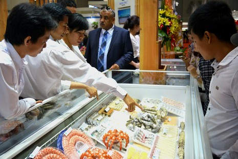 Tăng tôm, cá nhiễm kháng sinh, giảm thịt heo chất cấm - ảnh 1