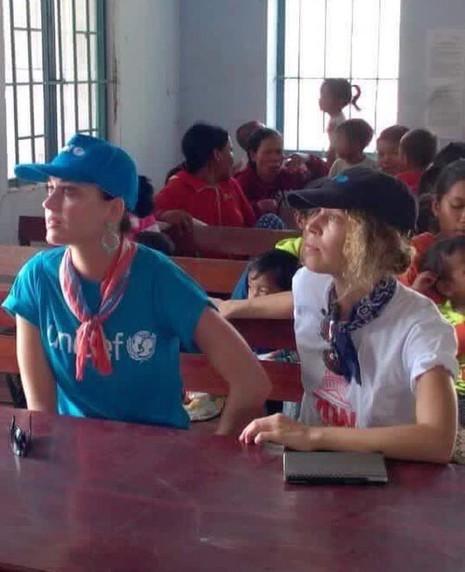 Ca sĩ Katy Perry đến với trẻ em Ninh Thuận - ảnh 5