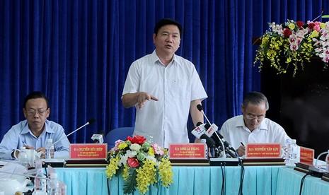 Bí thư Thăng yêu cầu giám đốc Sở GTVT giải trình vụ đường cao hơn nhà dân - ảnh 1
