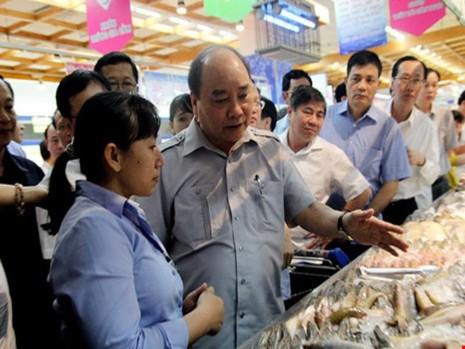 thủ tướng kiểm tra tại siêu thị